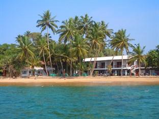 Photo of Ypsylon Tourist Resort & Diving School  Beruwala