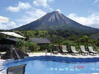 Photo of Hotel Lavas Tacotal La Fortuna