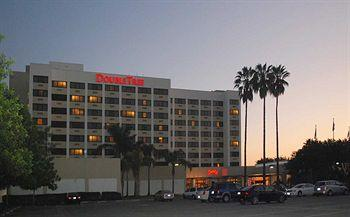 Doubletree Norwalk Hotel