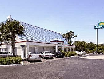 Photo of Days Inn Speedway Daytona Beach