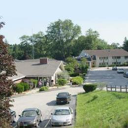 Photo of Country Hearth Inn Putnam