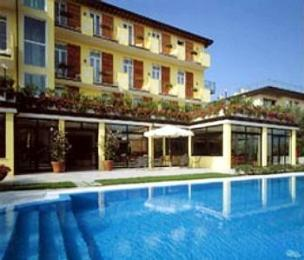 Photo of Hotel Touring Desenzano Del Garda