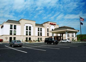 ‪Hampton Inn Greensburg‬