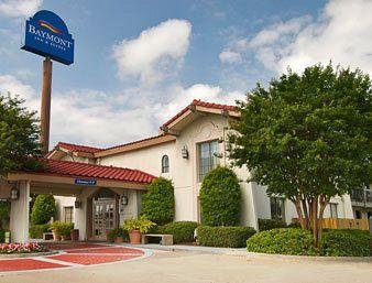 Baymont Inn and Suites Houston I-45 North