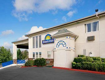 Days Inn Seattle-Lynnwood