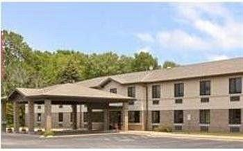 Photo of Riverview Inn & Suites of Oconto