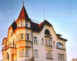 Schlossli Arnegg Bed and Breakfast