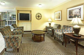 Candlewood Suites - Rogers