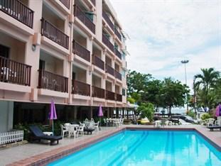 Photo of Charming Inn Hotel Pattaya
