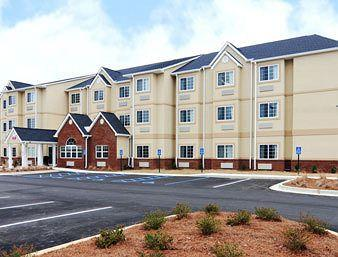 ‪Microtel Inn & Suites by Wyndham Montgomery‬