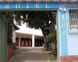 Hotel Abril