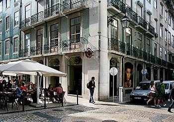 "Brown""s Deluxe apartment in Baixa Lisboa"