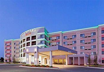 Photo of Courtyard by Marriott Tulsa Woodland Hills