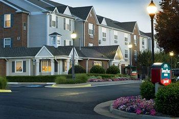 Photo of TownePlace Suites Washington Dulles Airport Sterling