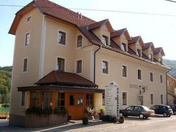 Hotel & Sports Center Kovac