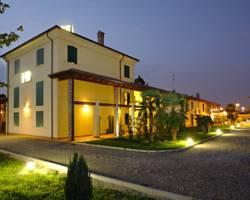 Gabarda Carpi Hotel