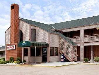 Photo of Days Inn Wichita West-Near Airport