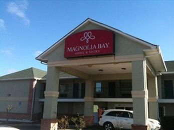 Magnolia Bay Hotel & Suites - Jonesboro