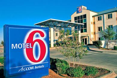 Motel 6 Terrell