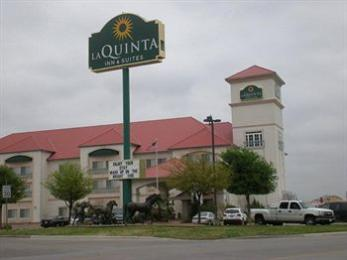 Photo of La Quinta Inn & Suites Weatherford