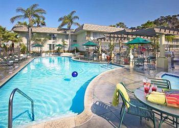Photo of Comfort Inn &amp; Suites Hotel Circle / SeaWorld San Diego