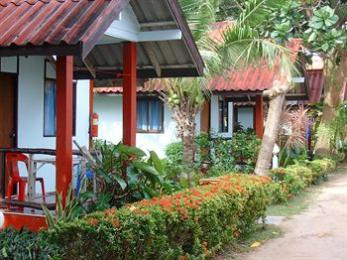 Lanta New Beach Bungalows