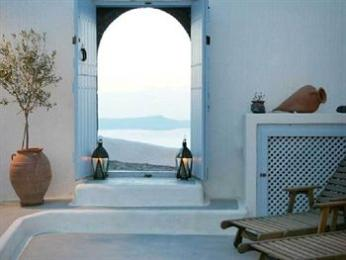 Villas and Mansions of Santorini