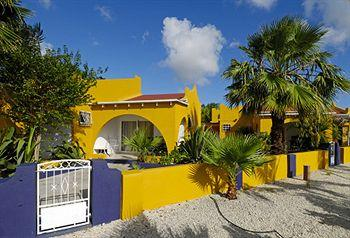 Photo of Yacht Club Apartments Bonaire