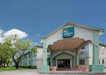 Hobby Inn and Suites