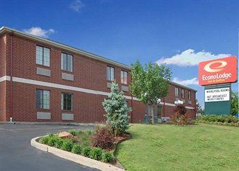Photo of Econo Lodge Inn & Suites Tulsa