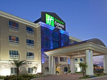 Holiday Inn Express & Suites Houston Space Center-Clear Lake Hotel