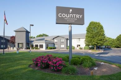 Country Inn and Suites by Carlson Frederick