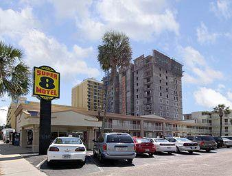 Super 8 Myrtle Beach/Ocean Front