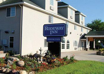 Rodeway Inn & Suites near Okoboji Lake