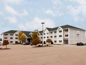 ‪Hawthorn Suites by Wyndham Oshkosh‬