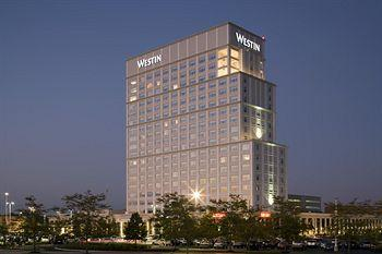 Westin Lombard Yorktown Center
