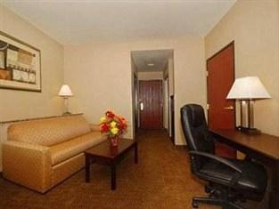 Photo of Comfort Suites Seaford