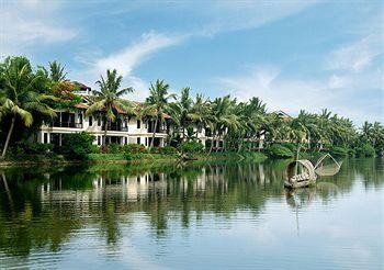 ‪Hoi An Riverside Resort & Spa‬