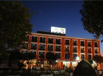 Photo of Hotel Emily Pachuca