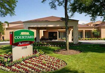 ‪Courtyard by Marriott Chicago Naperville‬