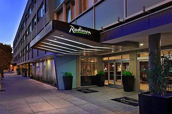 Radisson Hotel Fisherman's Wharf