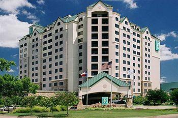 Photo of Embassy Suites Hotel DFW Airport North/Outdoor World Grapevine