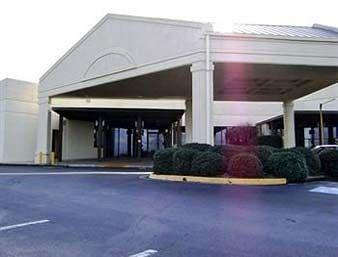 Days Inn Macon North/Conference Center