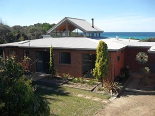 Photo of Sandpiper Ocean Cottages Bicheno