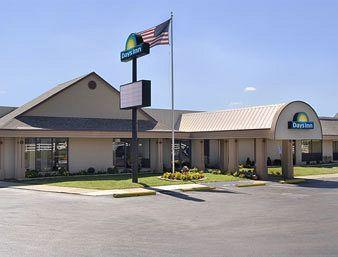 ‪Days Inn Grove City‬