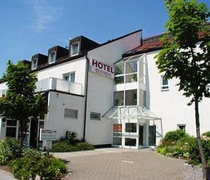 Photo of Hotel Blutenburg Munich
