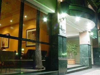 Photo of El Portal Suites Mendoza