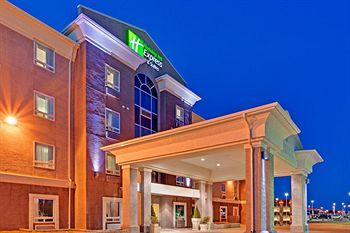 ‪Holiday Inn Express Hotel & Suites Swift Current‬