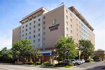 ‪Embassy Suites Charleston‬