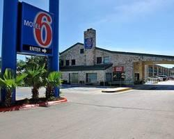 Motel 6 -San Antonio Downtown - Market Square